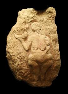 Venus-de-Laussel-vue-generale-noir